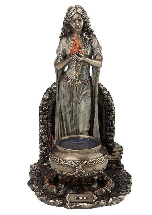 brigid-cauldron-flame-us-wu77090a4-a